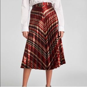 NWT Zara Woman Pleated Glitter Midi Skirt
